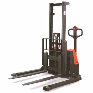 Picture of Wide Leg Electric Platform Stacker