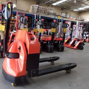 Picture of Standard Heated 1.8 Ton Pallet Jack